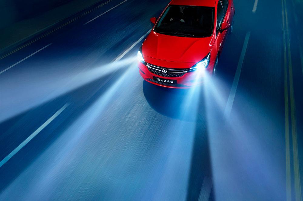 Vauxhall-Astra-Headlights.jpg