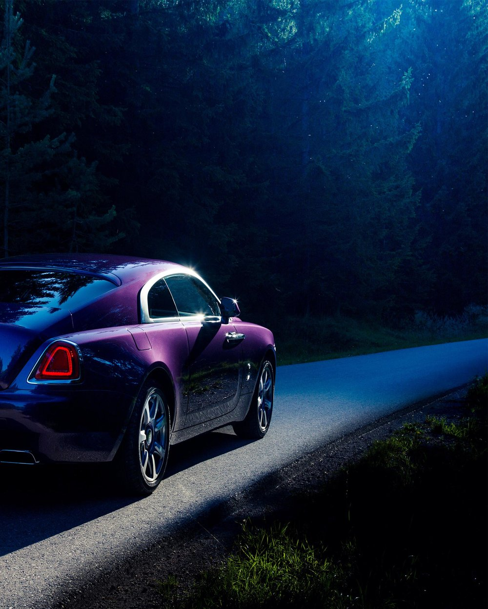 Rolls-Royce-Wraith-Purple-Forest.jpg