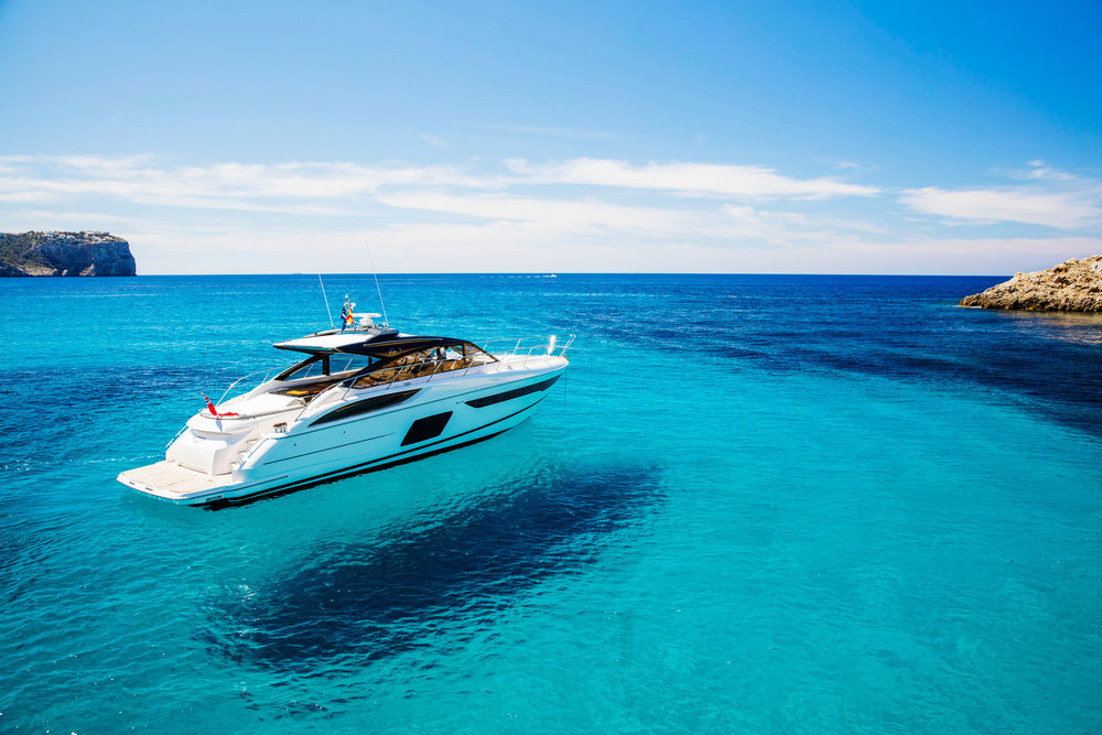 Yacht-Aqua-Blue-Water.jpg