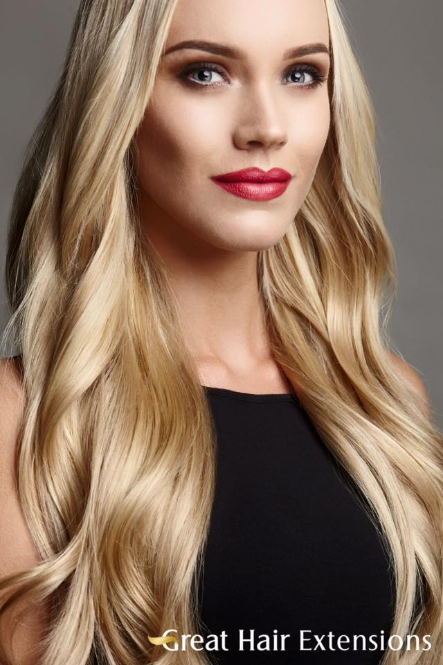 HAIREXTENSIONS MAKE UP MAT LIPSTICK