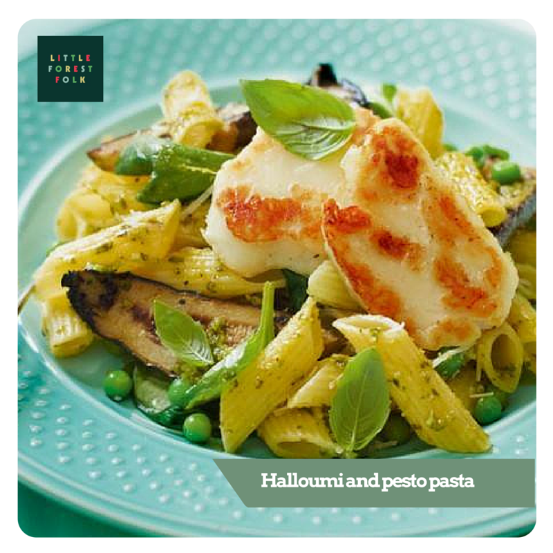 PASTA WITH HOMEMADE SPINACH PESTO, CHARGRILLED COURGETTES, HALLOUMI AND PEAS