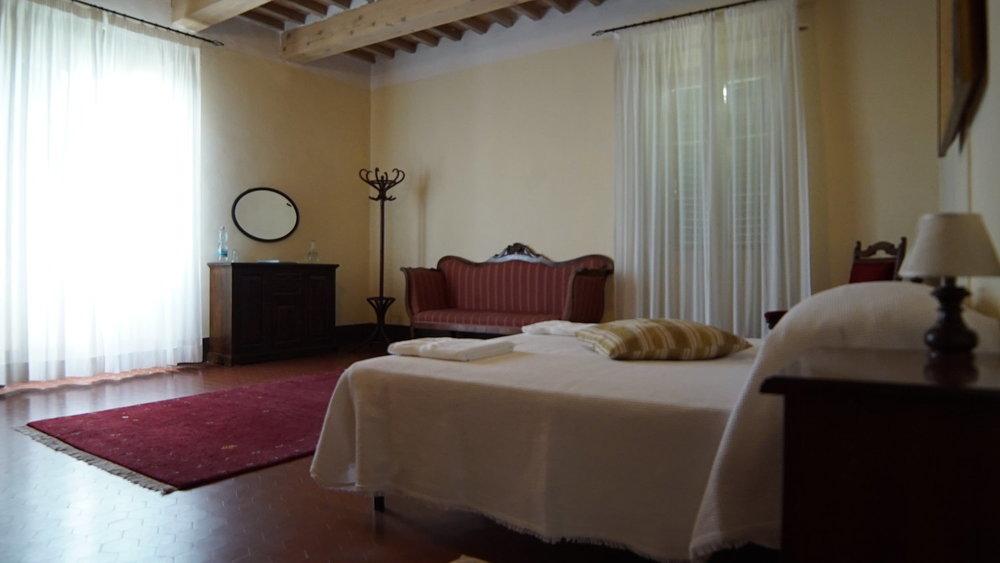 bedroom+Palazzo+Regina+x.jpg