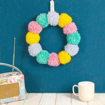 normal_pom-pom-easter-wreath.jpg