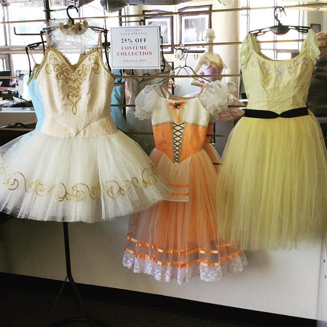 #freedoflondonusa #TutuTuesday 25% OFF COSTUME SALE at our Long Island City boutique store. Save on our full costume collection of platter and romantic tutus and peasant costumes in a variety of colors, sizes and styles. Stop by or call us at 866.693-7333 (appointments encouraged). While supplies last. Each costume is one-of-a kind.  #costumes #tutus #savings #sale #clearance #ballet #nyc #lic #longislandcity #freedlic #freed #pointeshoes