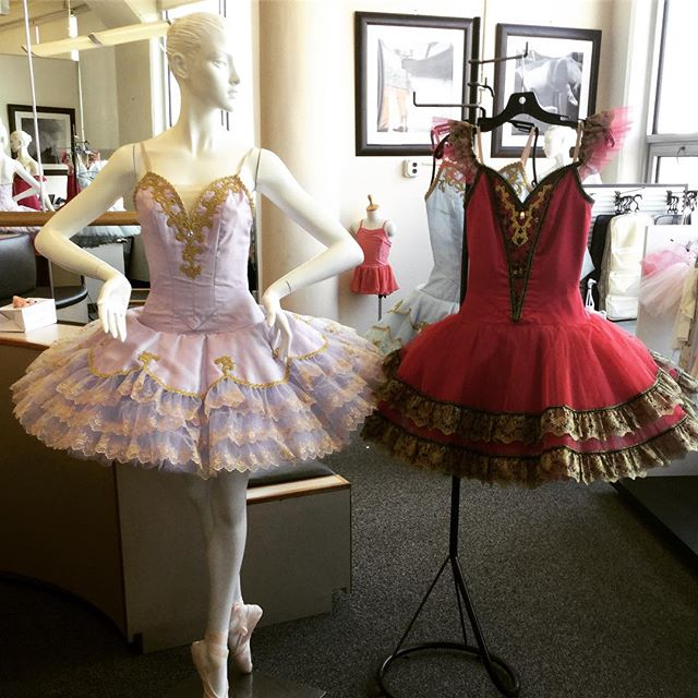 #freedoflondonusa #TutuTuesday 25% OFF COSTUME SALE at our Long Island City boutique store. Save on our full costume collection of platter and romantic tutus plus peasant costumes in a variety of colors, sizes and styles. Stop by or call us at 866.693-7333 (appointments encouraged). While supplies last. Each costume is one-of-a kind.  #costumes #tutus #savings #sale #clearance #ballet #nyc #lic #longislandcity #freedlic #freed #pointeshoes