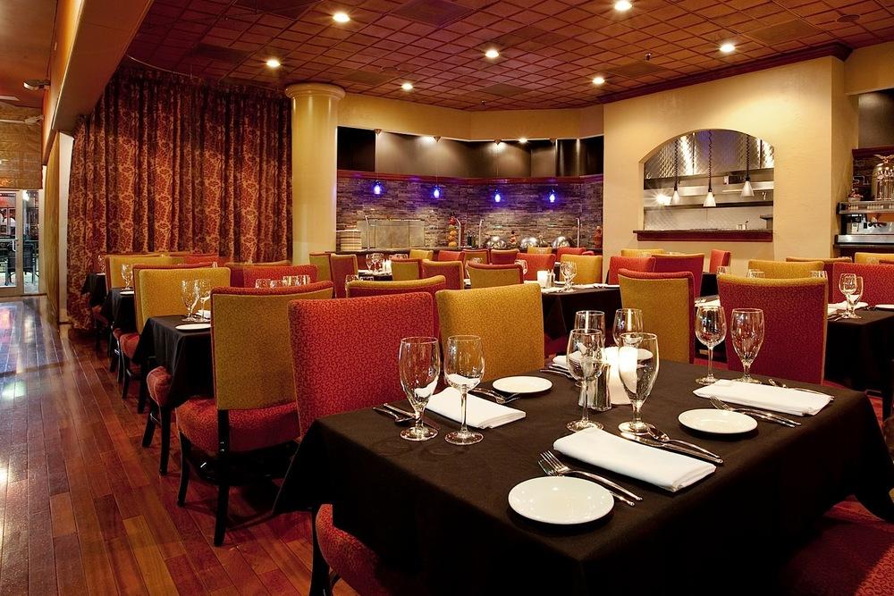 CLTDT-HI-Charlotte-Restaurant-Lounge1654807.jpg