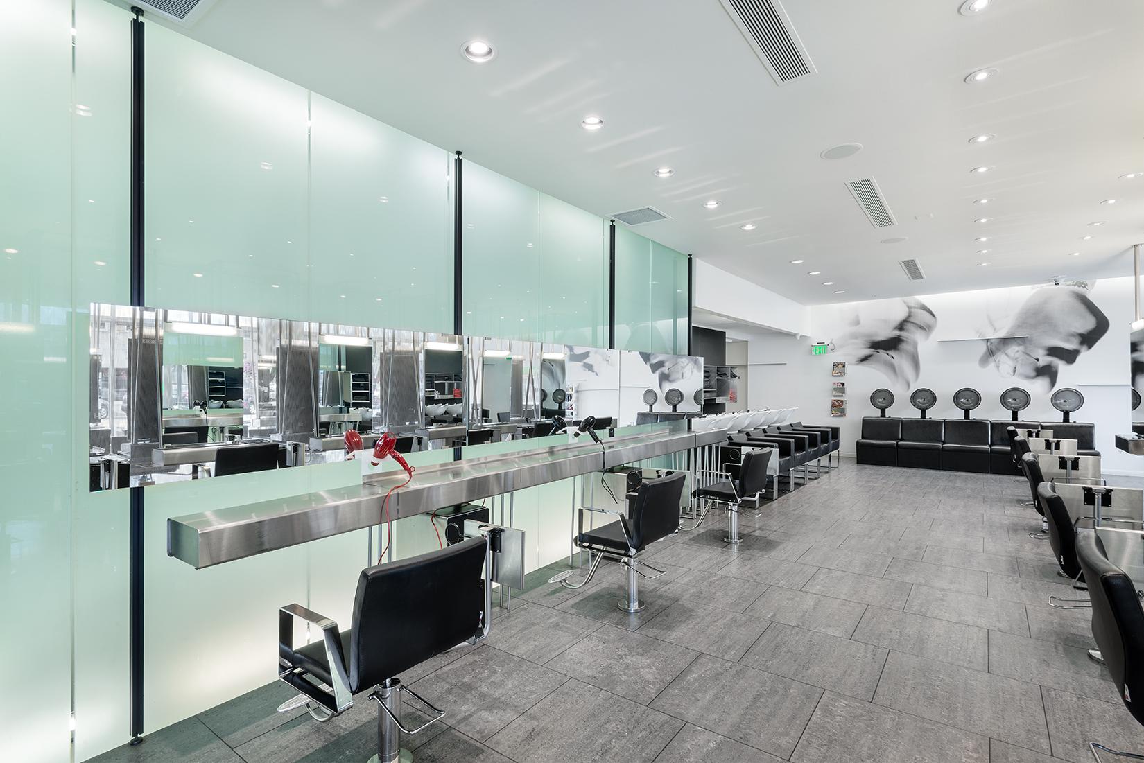 6 Salon