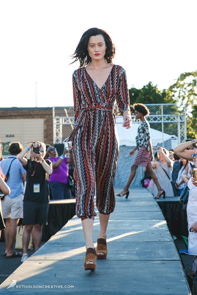 Alley-33-Fashion-Event-Portland-Commercial-Photography-BethOlsonCreative-550.jpg