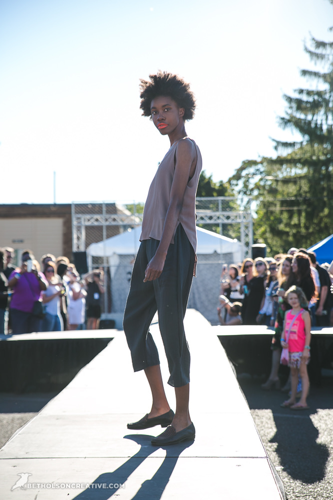 Alley-33-Fashion-Event-Portland-Commercial-Photography-BethOlsonCreative-102.jpg
