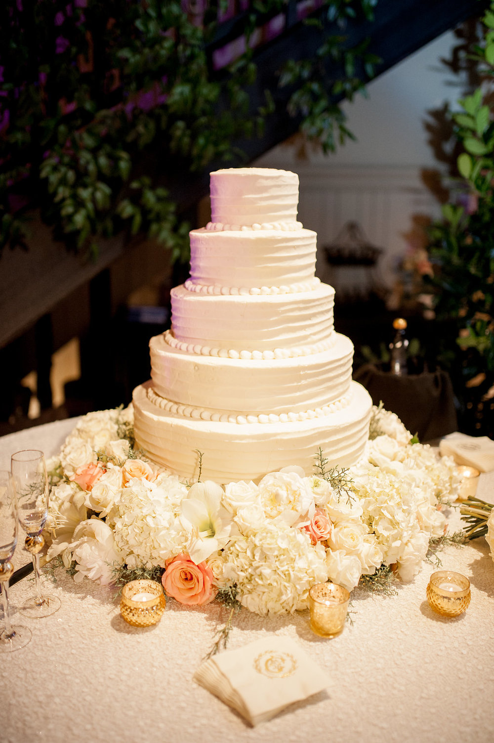 Mississippi wedding cake flowers