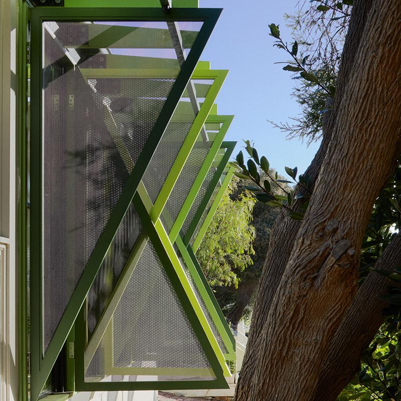 GREEN SHUTTER HOUSE - ...