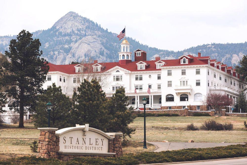 Estes Park Wedding Venues | Stanley Hotel Estes Park Colorado Kristopher Lindsay