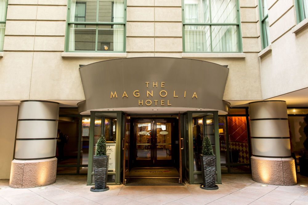 Magnolia Hotel's front entry