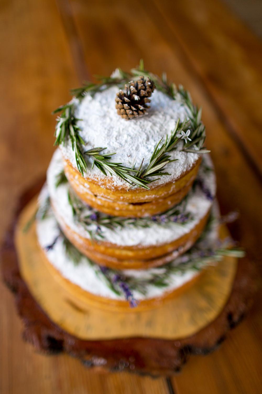 Cake byLa Momo Maes Bakery