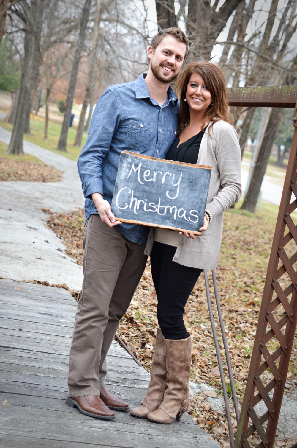 couplesphotography-merrychristmas-familyphotos-joplinmissouri-photosbyariel