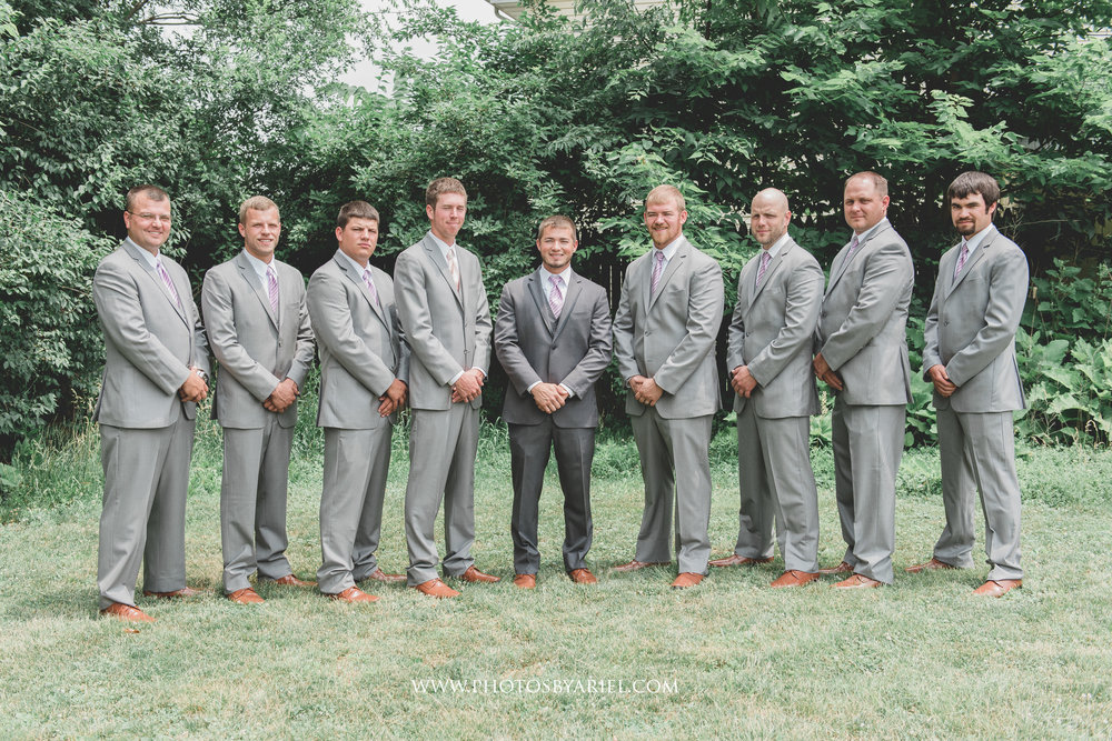 wedding photographer in central illinois, lincoln illinois, bloomington illinois, springfield illinois, peoria illinois