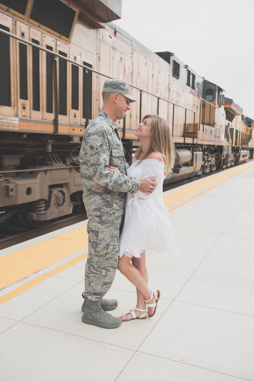 military spouse train station photo shoot