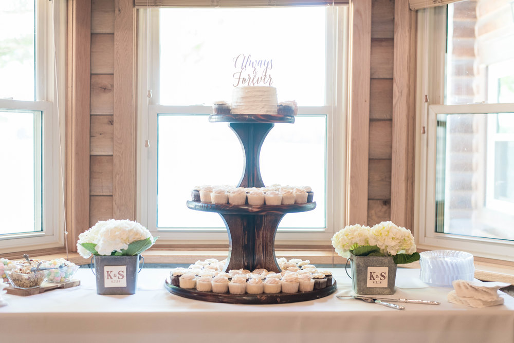 tiered wedding cupcake stand