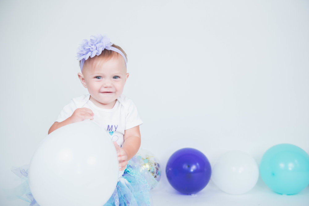 first birthday with balloons