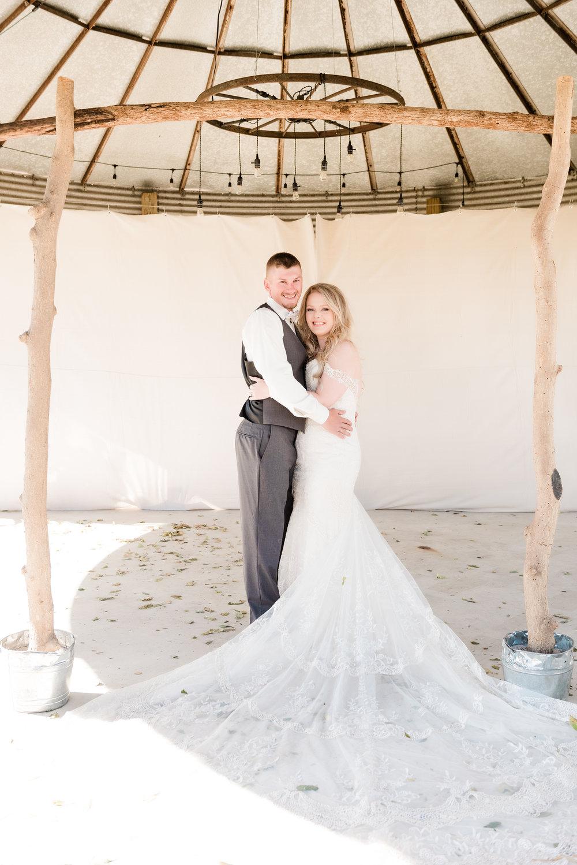 bride & groom full length