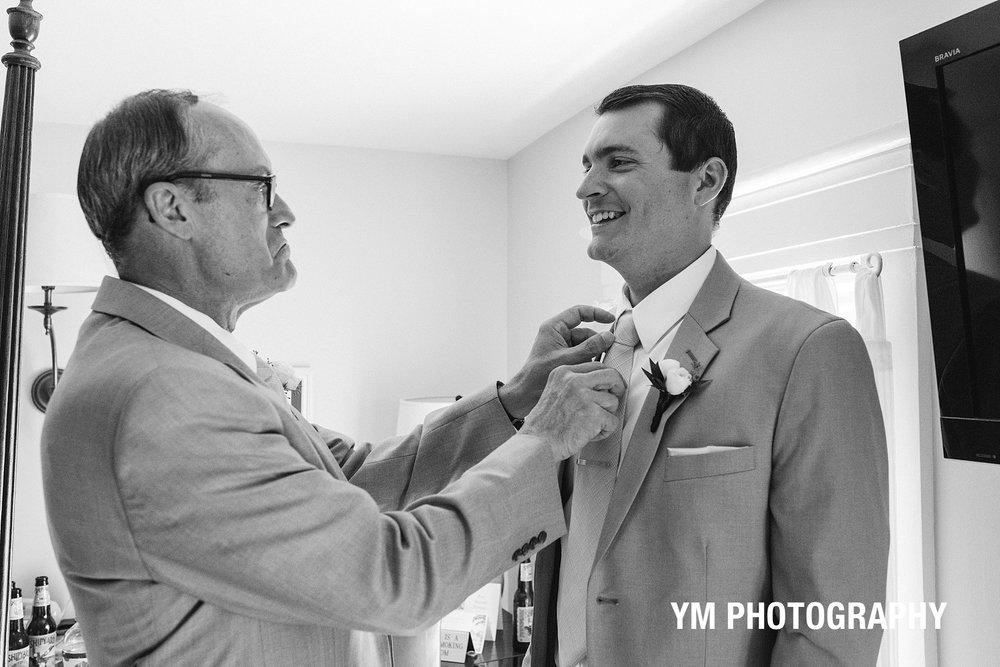 groom-details-photo-THE-YORK-INN-york-beach-Adirondack-Wedding-ym-photography