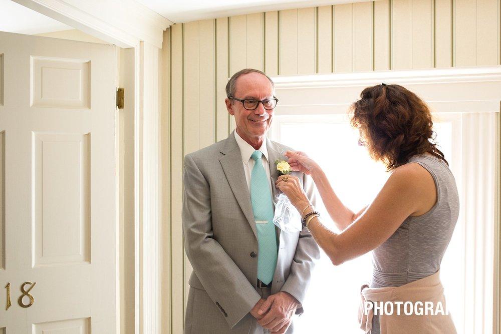 father-og-the-groom-details-photo-THE-YORK-INN-york-beach-adirondack-wedding-ym-photography