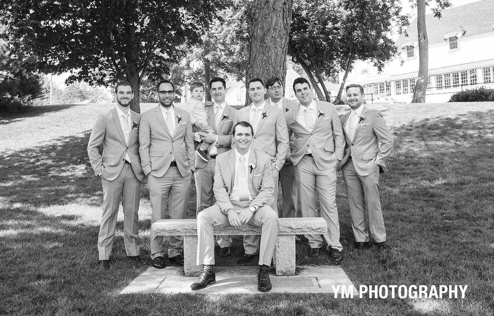 groomsmen-THE-YORK-INN-york-beach-Wedding-photographer-ym-photography