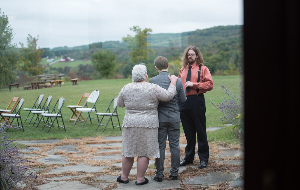 grandma-groom-pre-wedding-canajoharie-ny-wedding-ym-photography