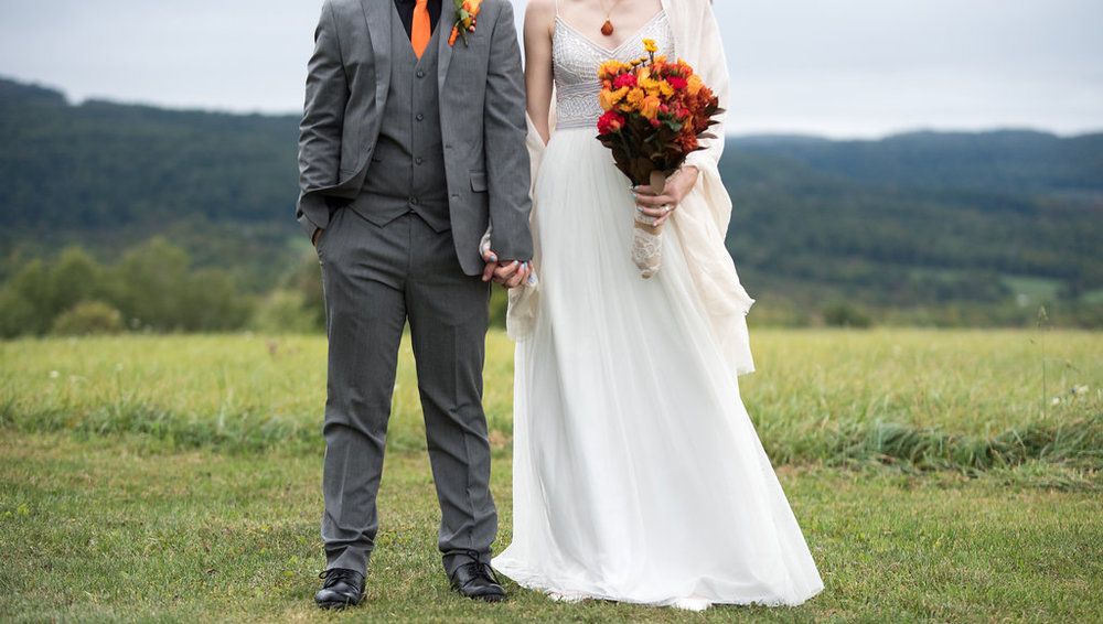 bride-and-groom-orange-gray-unique-canajoharie-ny-wedding-ym-photography
