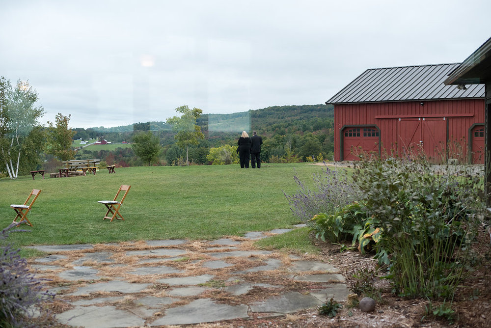 farm-canajoharie-ny-wedding-ym-photography