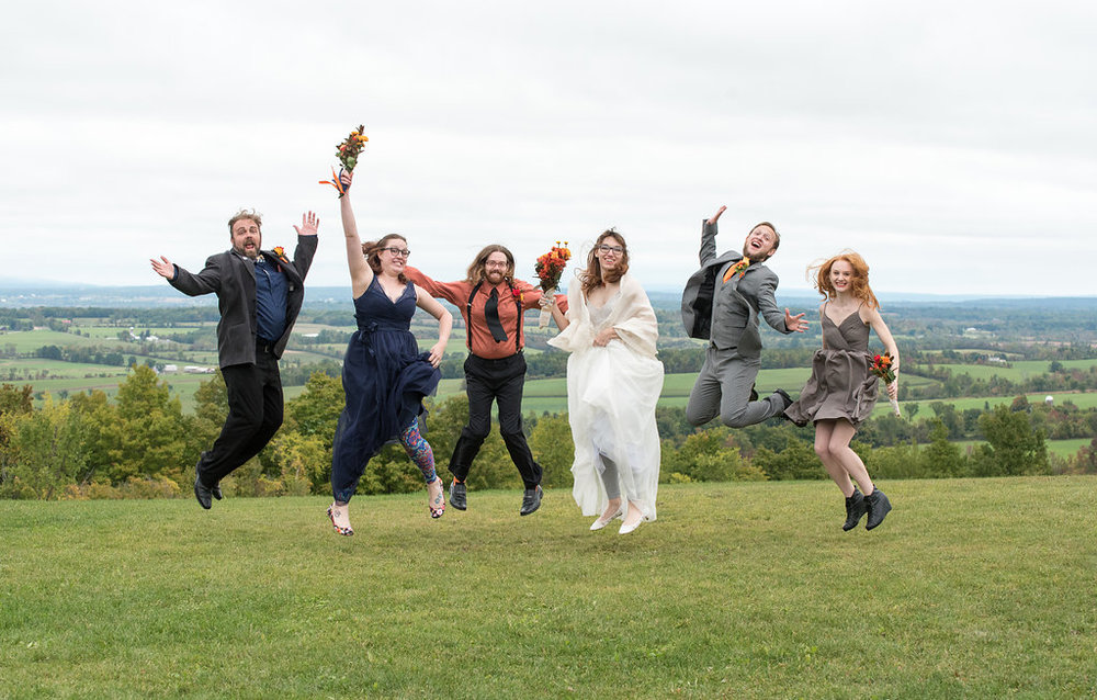 jump-bridal-partycanajoharie-ny-wedding-ym-photography