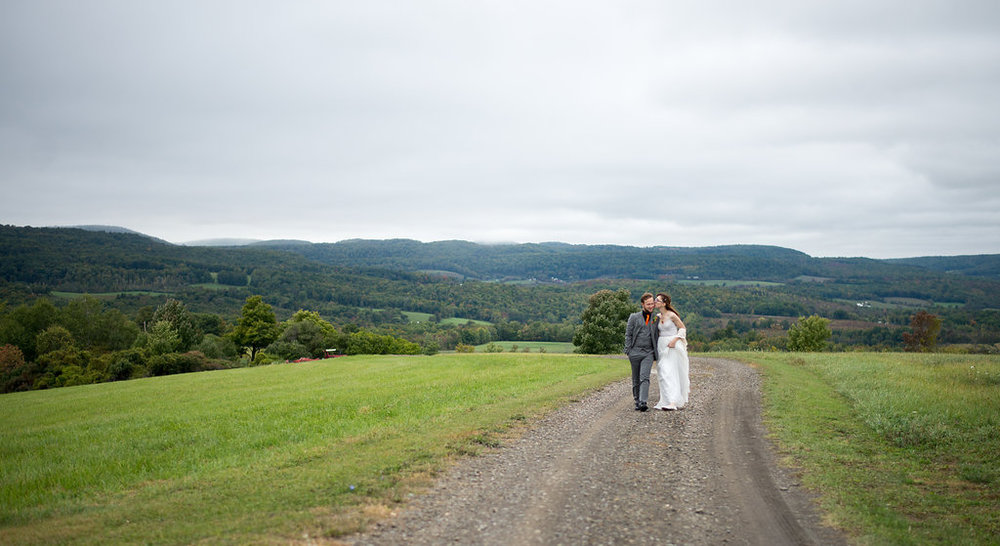 formal-photos-field-canajoharie-ny-wedding-ym-photography