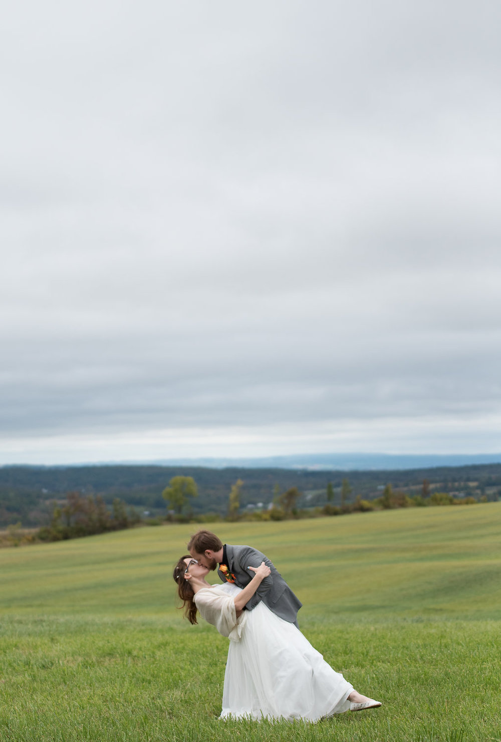 bride-groom-field-canajoharie-ny-wedding-ym-photography