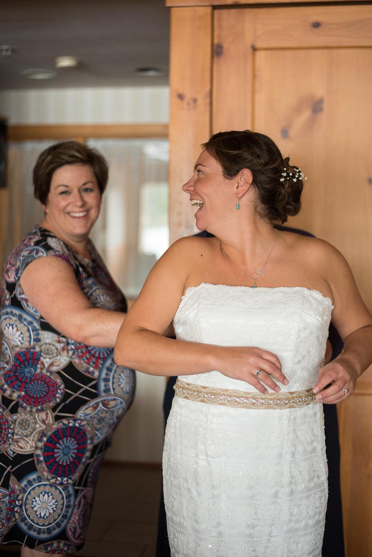 happy-bride-golden-arrow-lakeside-resort-lake-placid-ny-wedding-ym-photography