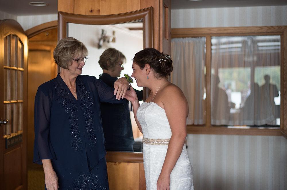 flower-corsage-golden-arrow-lakeside-resort-lake-placid-ny-wedding-ym-photography
