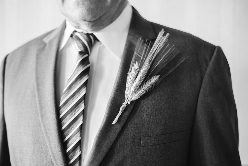 father-of-bride-boutonniere-golden-arrow-lakeside-resort-lake-placid-ny-wedding-ym-photography
