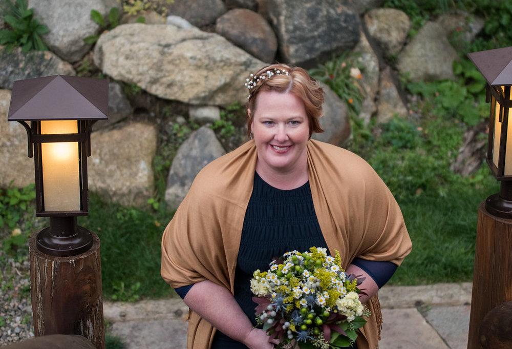 maid-of-honer-golden-arrow-lakeside-resort-lake-placid-ny-wedding-ym-photography