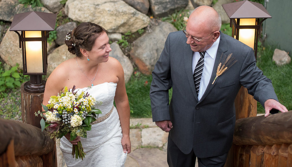 ceremony-father-bride-golden-arrow-lakeside-resort-lake-placid-ny-wedding-ym-photography