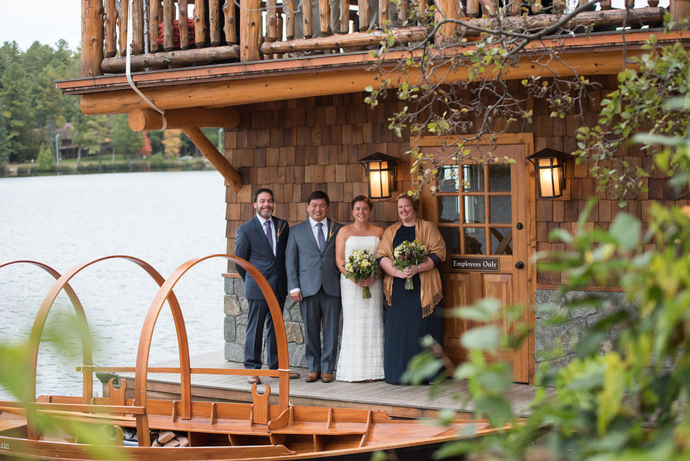 fromal-photos-boat-golden-arrow-lakeside-resort-lake-placid-ny-wedding-ym-photography