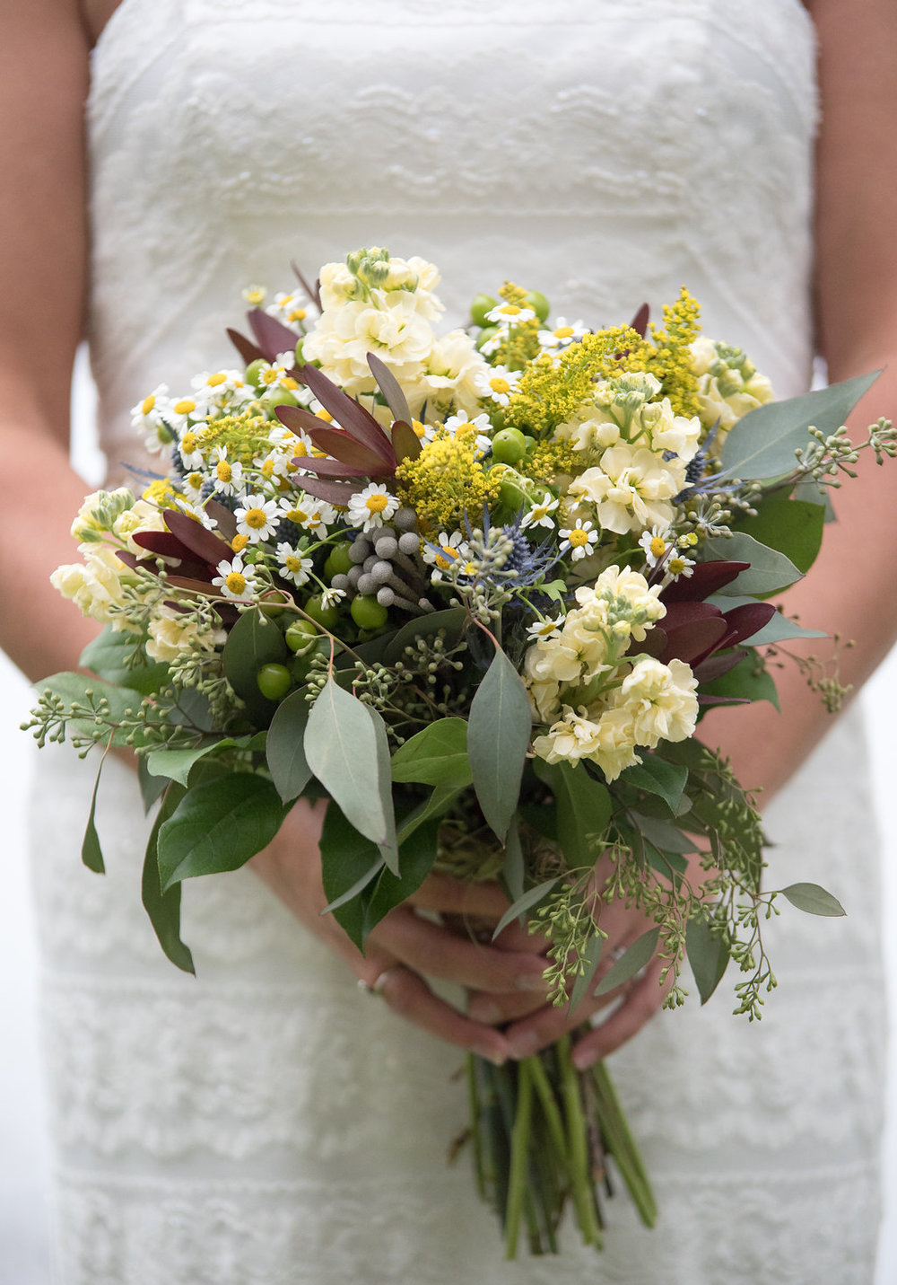 bridal-dress-bouquet-pretty-golden-arrow-lakeside-resort-lake-placid-ny-wedding-ym-photography