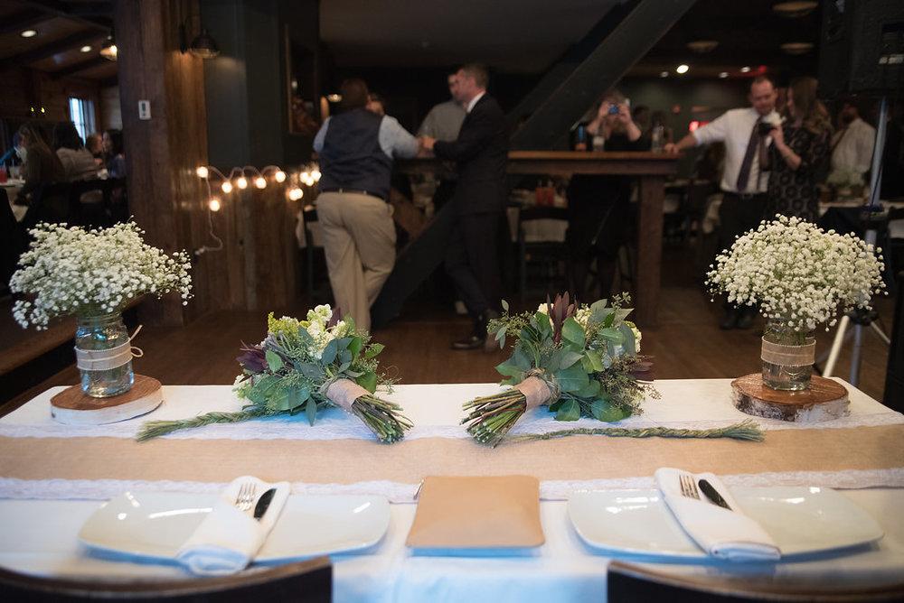 head-table-reception-golden-arrow-lakeside-resort-lake-placid-ny-wedding-ym-photography