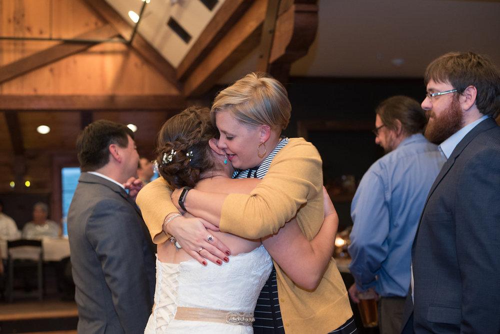 hugs-golden-arrow-lakeside-resort-lake-placid-ny-wedding-ym-photography