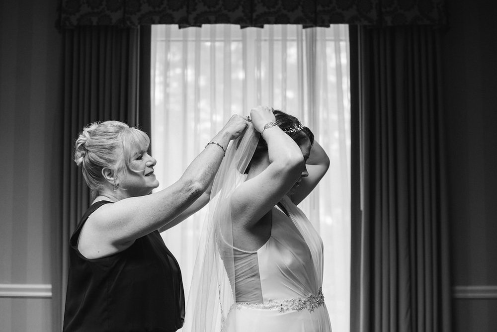 bride-getting-ready-saratoga-springs-wedding-national-museum-of-dance