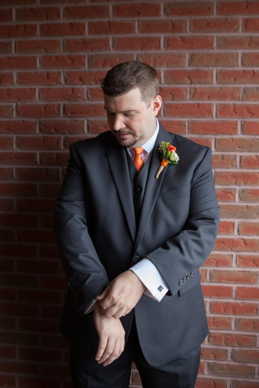 groom-pre-wedding-saratoga-springs-wedding-national-museum-of-dance