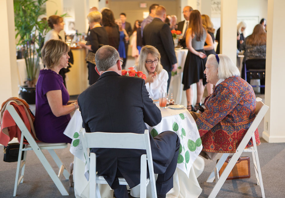 cocktail-hour-saratoga-springs-wedding-national-museum-of-dance