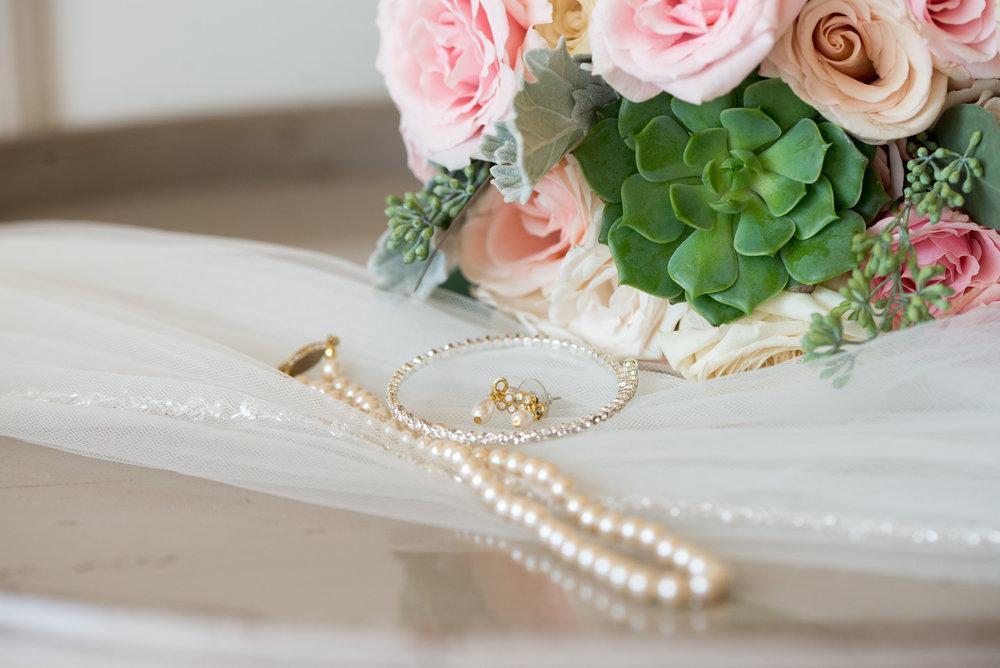 wedding-details-sagamore-resort-lake-george-ny-wedding-ym-photography