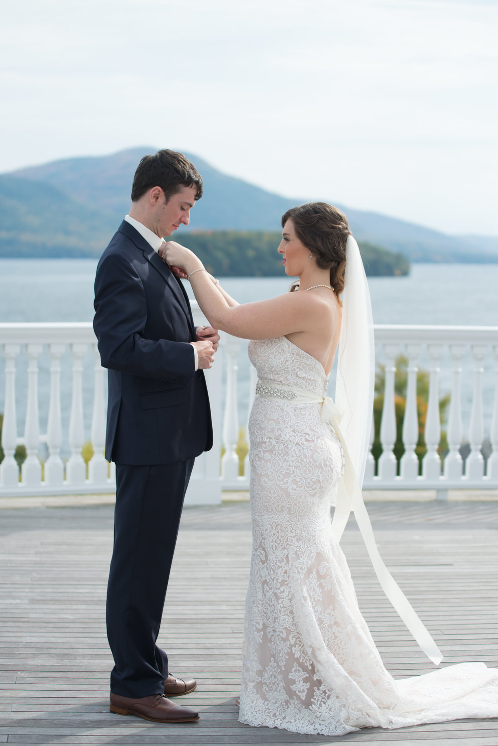 first-look-sagamore-resort-lake-george-ny-wedding-ym-photography