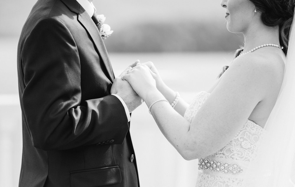 first-look-love-b&w-sagamore-resort-lake-george-ny-wedding-ym-photography