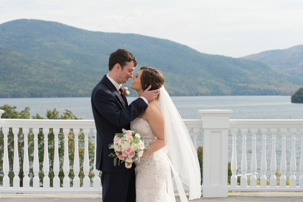 first-look-kiss-sagamore-resort-lake-george-ny-wedding-ym-photography