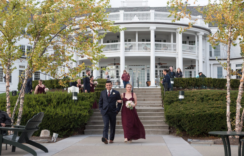 the-ceremony-bridal-party-sagamore-resort-lake-george-ny-wedding-ym-photography